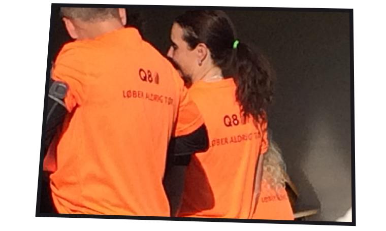 """Q8's """"Vi løber aldrig tør"""""""